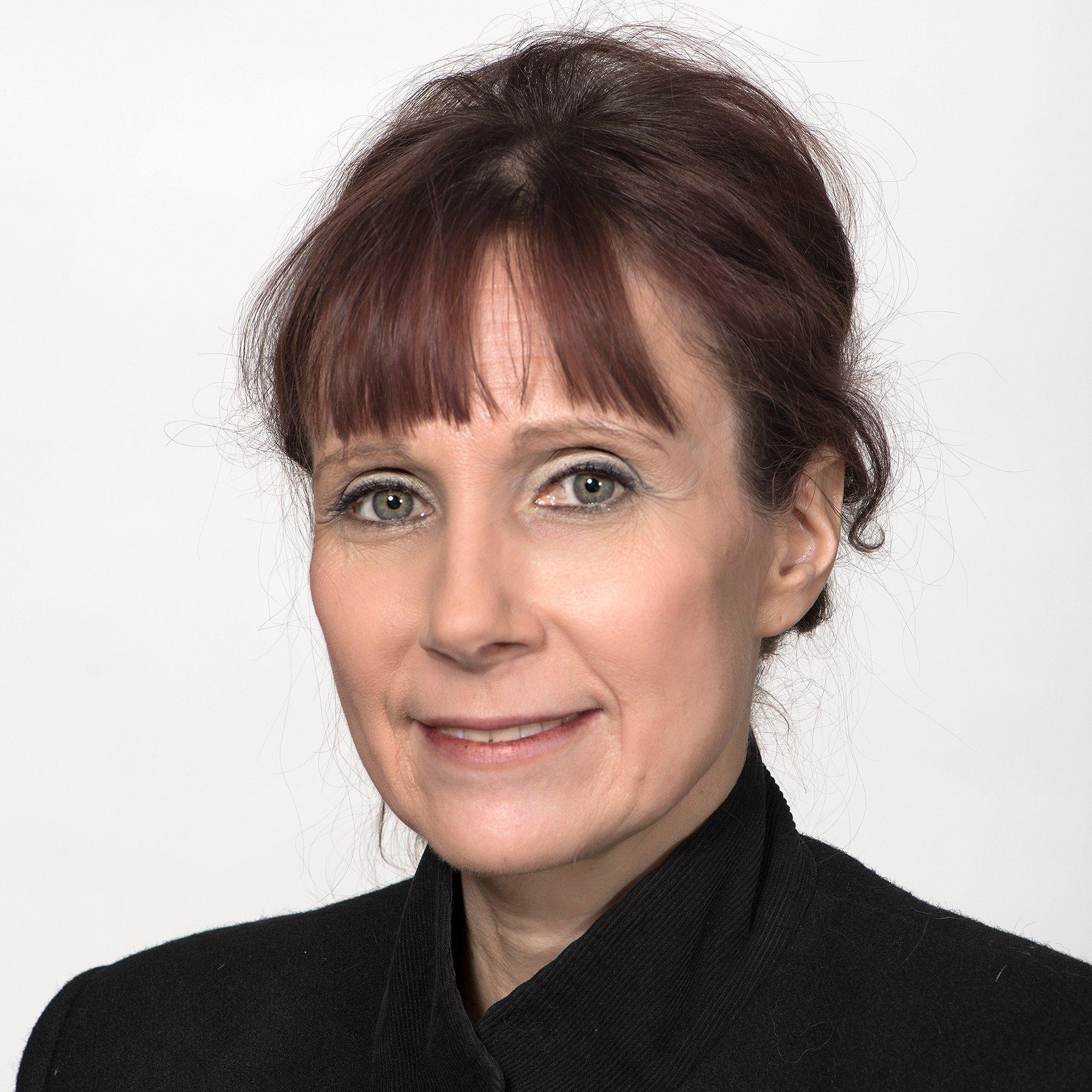 Joan Lynn